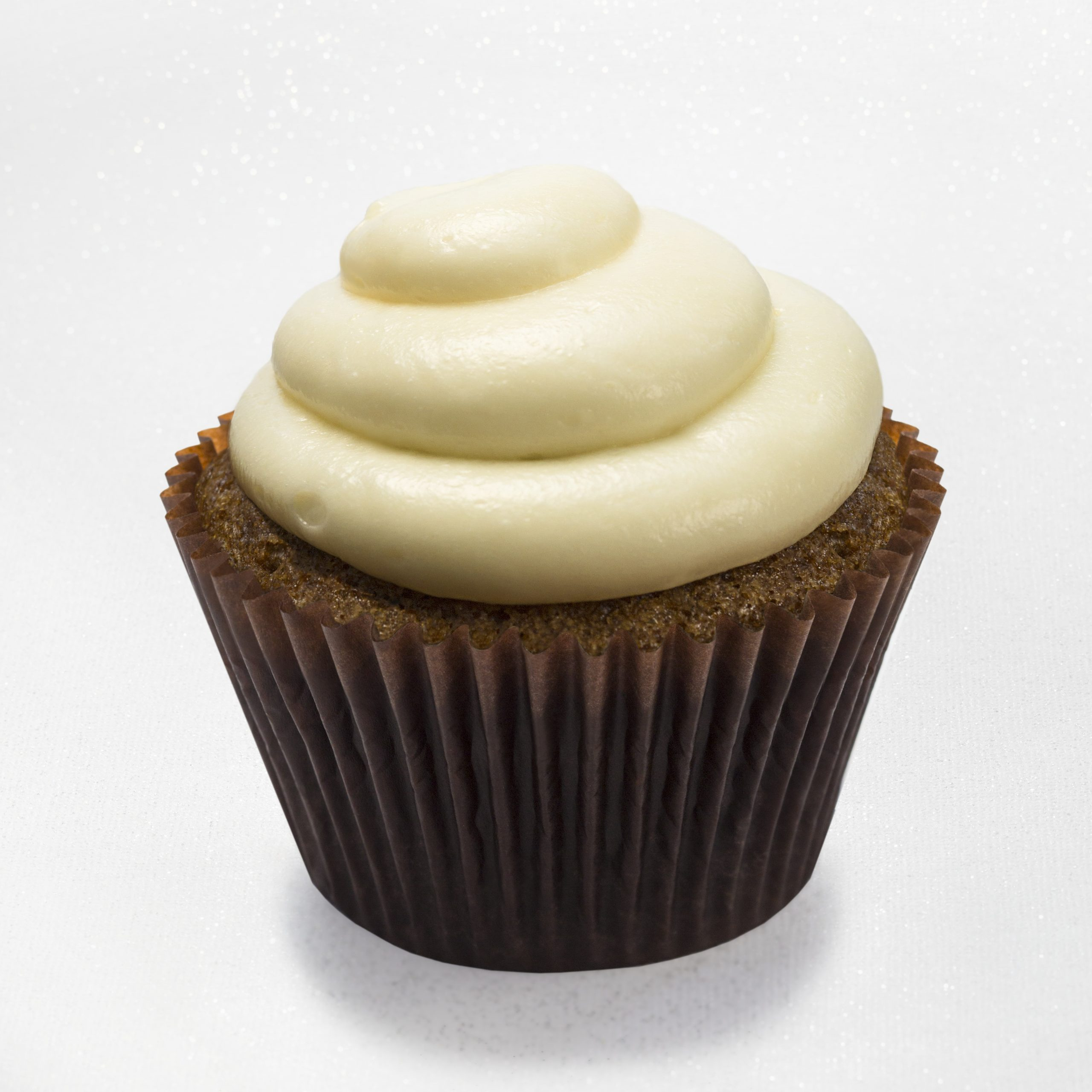 Carrot walnut cupcake with cream